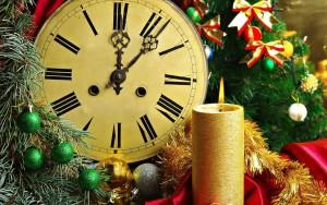 часы и свеча